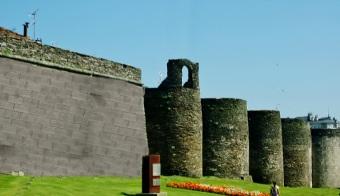 muralla lugo bloque