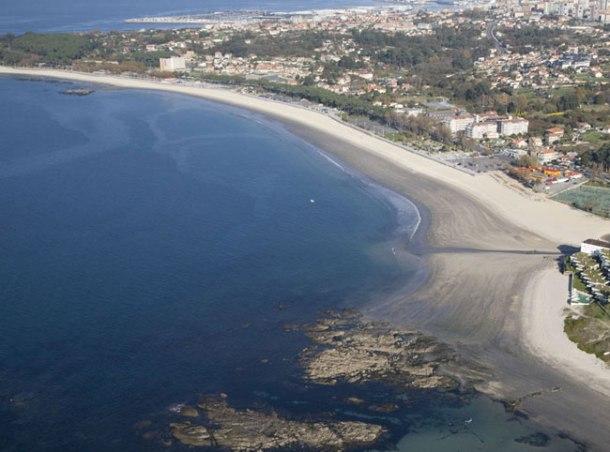 Vista aérea do areal de Samil.