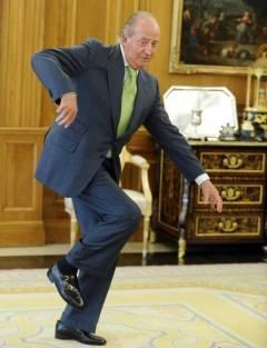 Juan Carlos de Borbón marcándose un Moonwalk