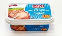 """Imaxe dun dos productos no mercado, ofrecidos como mantequilla """"light""""."""