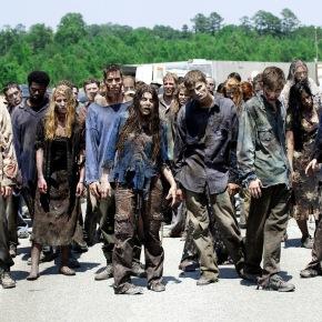 A productora de 'The Walking Dead' ficha, en bloque, 30.000 seguidores deRajoy