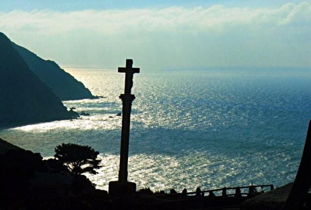 San Andrés de Teixido sufre as consecuencias da masificación turística paranormal.