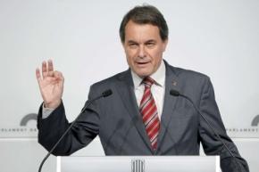 """Artur Mas: """"Espanya vai de guai e non chega achachi"""""""