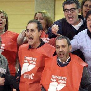 Feijoo asegura que a Xunta gastará o máximo posible en atender os mortos de HepatiteC
