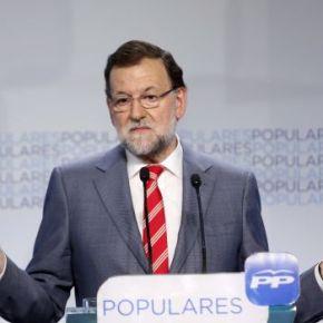 Rajoy mírase nun espello e ve 'un español que no hacecosas'