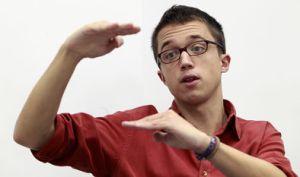 Íñigo Errejón falando do tamaño das súas deposicións