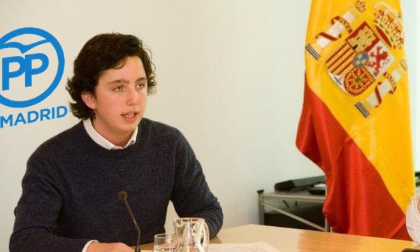 O pequeno Nicolás exercendo as labores de voceiro do PPdeMadrid.