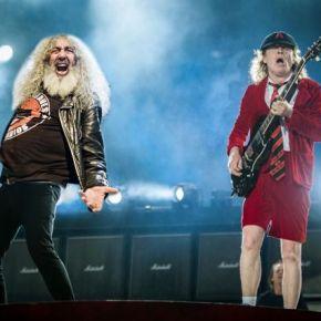 Yosi substituirá a Brian Johnson como cantante deAC/DC