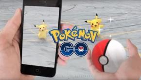 Compostelán acaba o Pokemon Go tras pasar a tarde diante da sede doPP