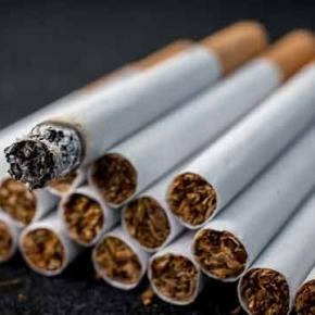 Vende na Pedra o tabaco que lle pedía aoscolegas