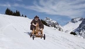 Un galego de Esteiro remata con éxito o descenso do Everest encarrilana