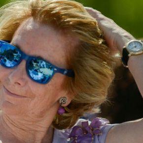 Esperanza Aguirre dimite para asesorar a Le Pen na segundavolta