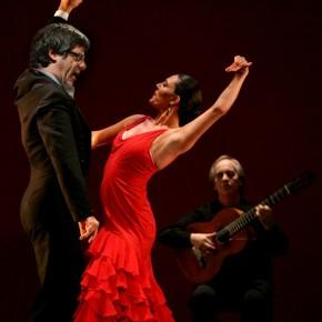 Puigdemont reúnese con flamencos enBélxica