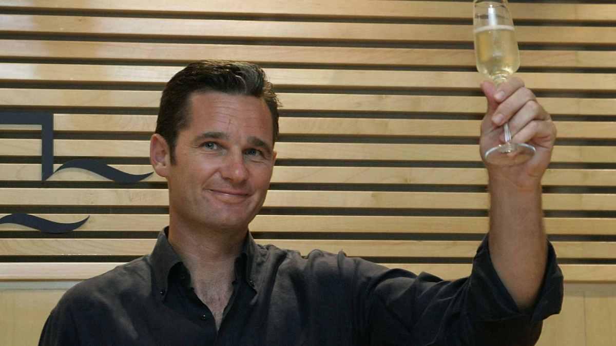 A España váiselle das mans a cortina de fume por Urdangarín