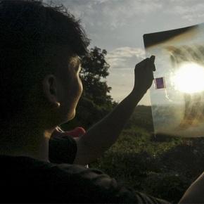 Científicos recomendan mirar a iluminación de nadal de Vigo a través dunharadiografía