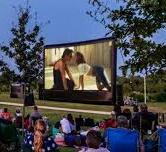 Un veciño de Bergantiños proxecta unha película porno a plena luz dodía